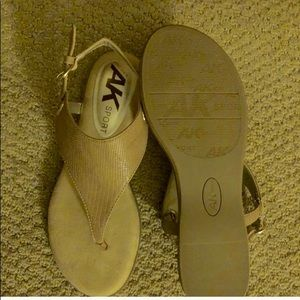 Anne Klein Tan Sandals 7.5